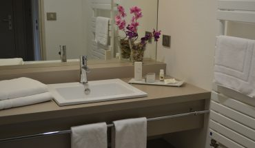 hôtel de Guyenne Talence salles de bains vasque